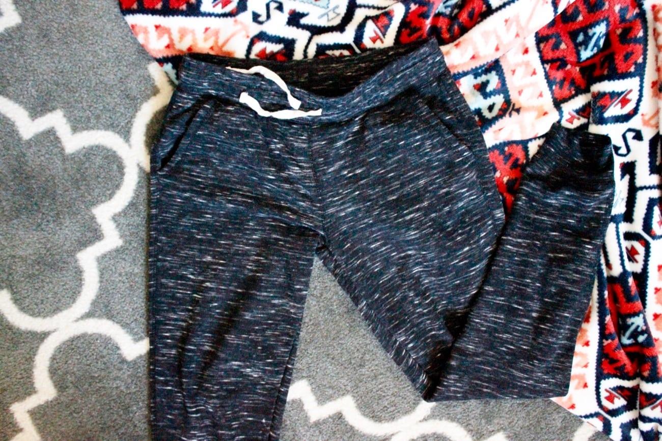 travel essentials comfy pants
