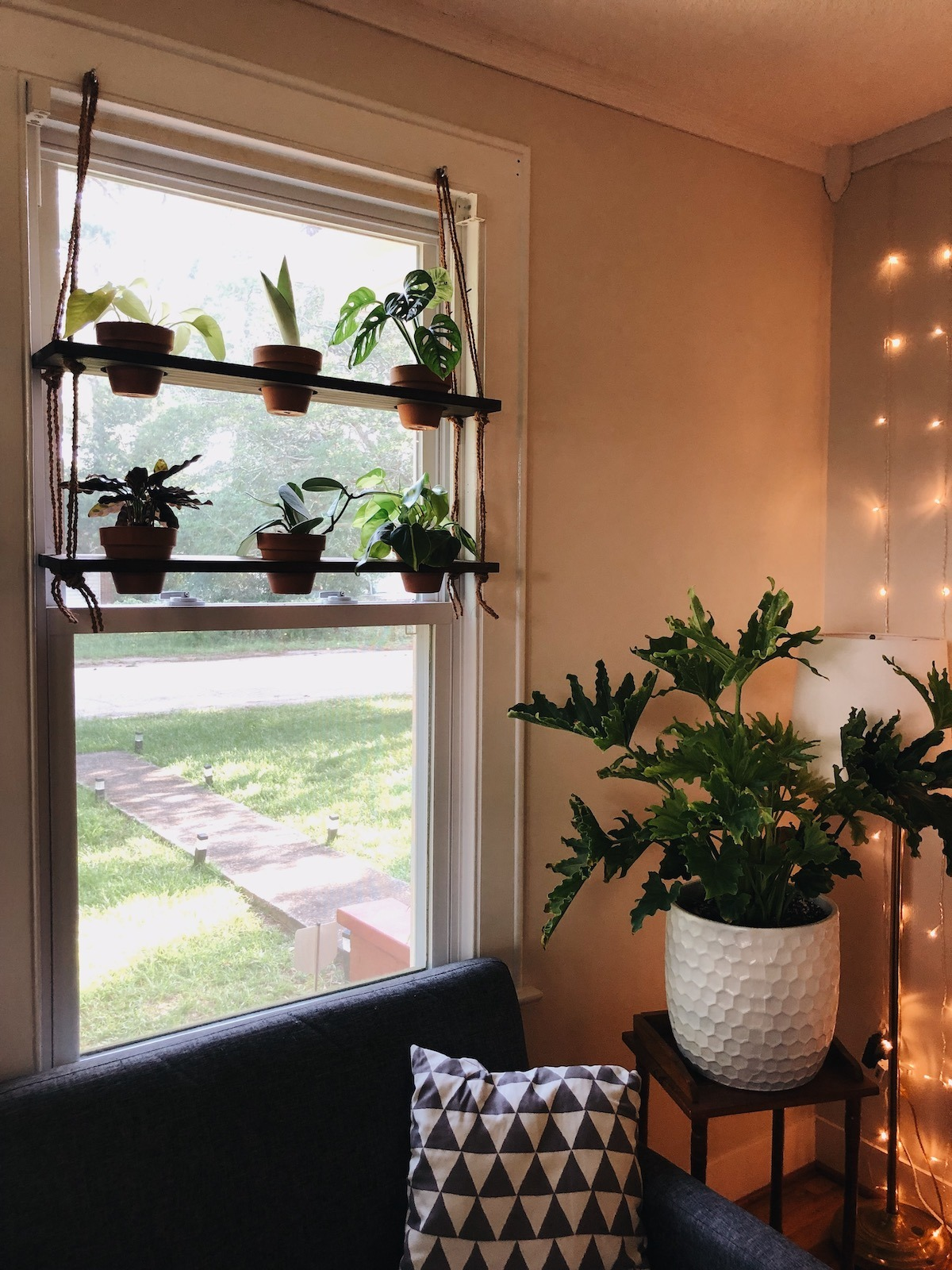 Diy Hanging Plant Shelf Living The Gray Life